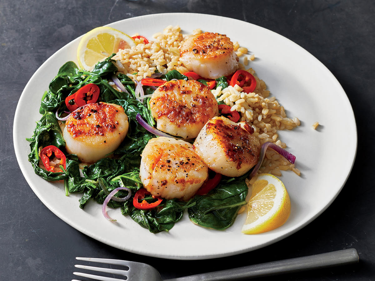 Seared Scallops with Chile-Garlic Spinach