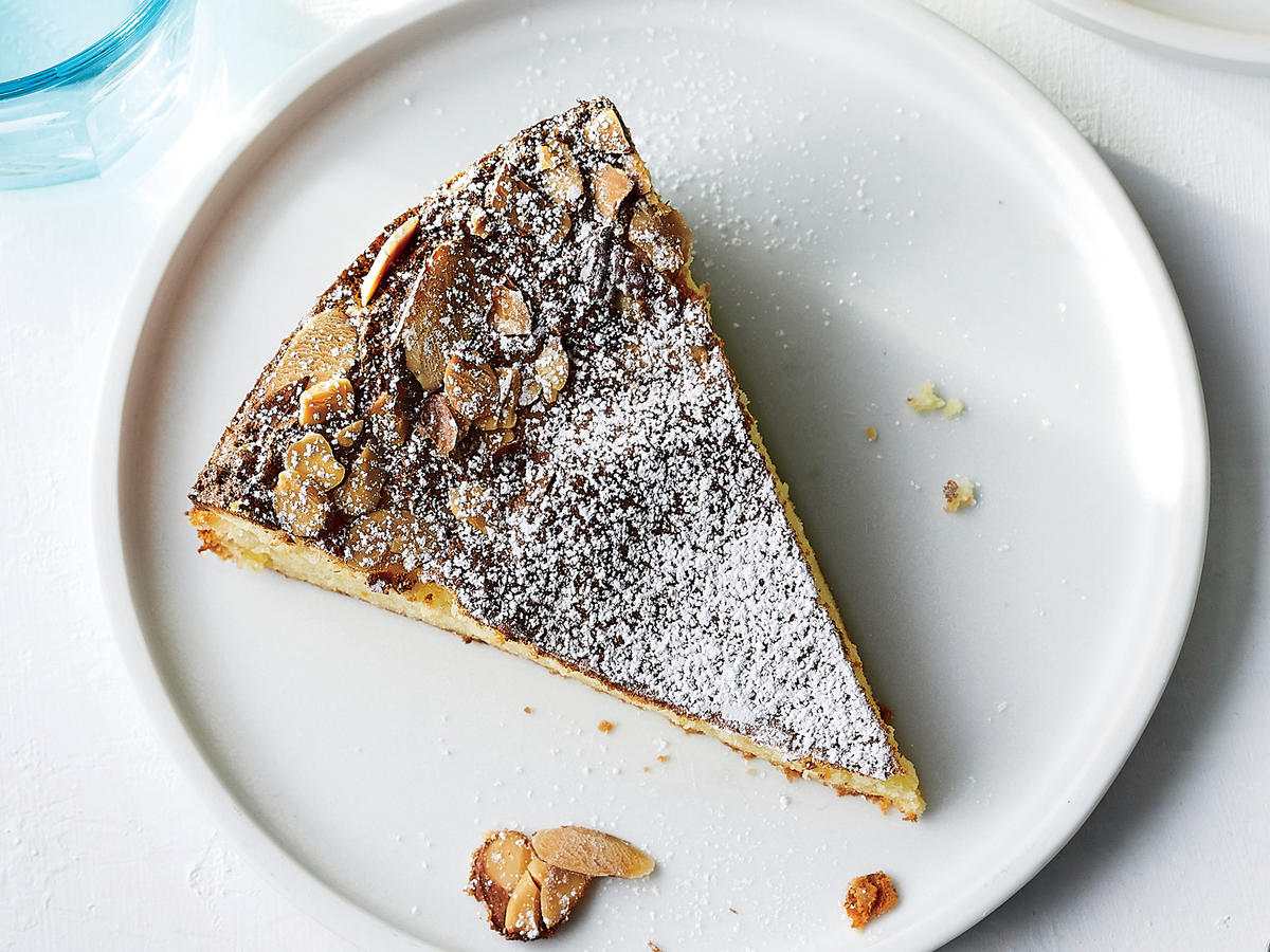 An Orange-Almond Cake That's Kosher for Passover