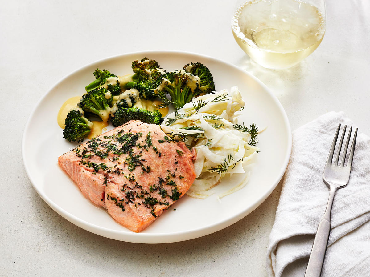 Air Fryer Roasted Salmon With Fennel Salad