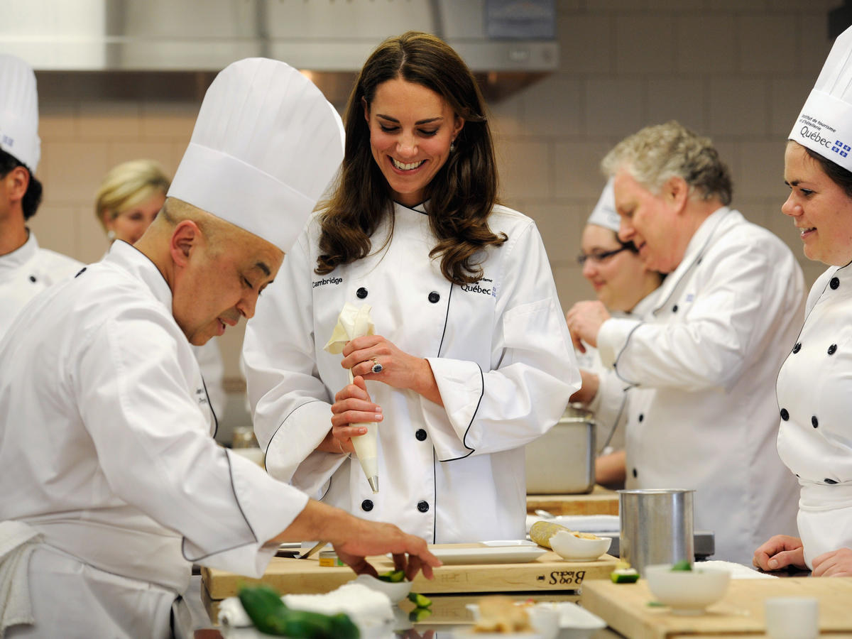 1803w Kate Middleton Chef Kitchen