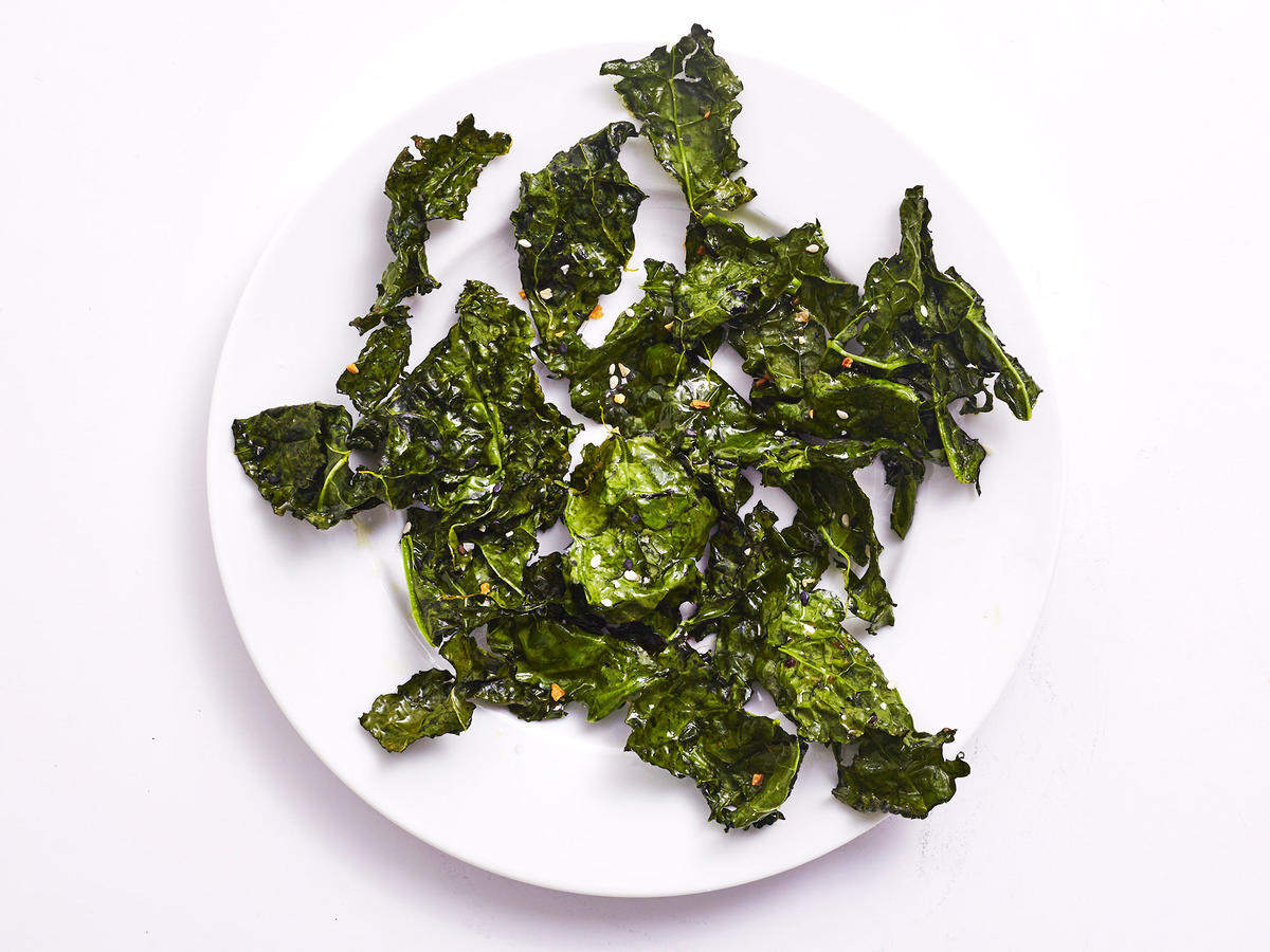 """Air-Fried """"Everything Bagel"""" Kale Chips"""