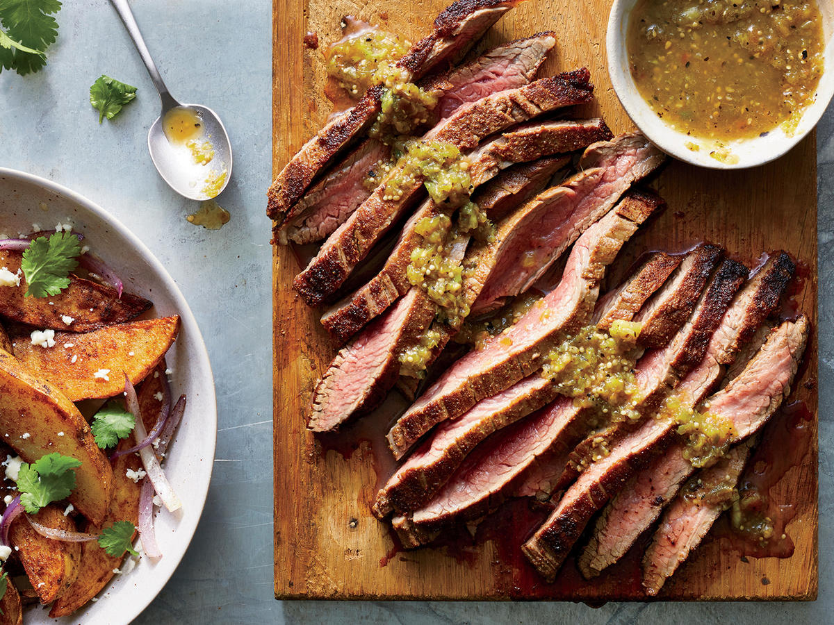 spice crusted flank steak with crispy potatoes is the perfect