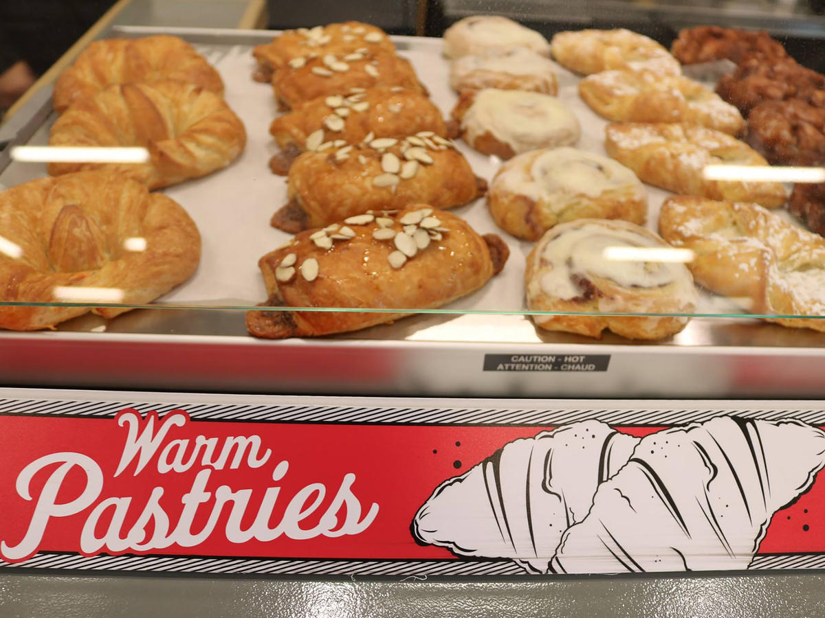 1804 Lucky's Pastries