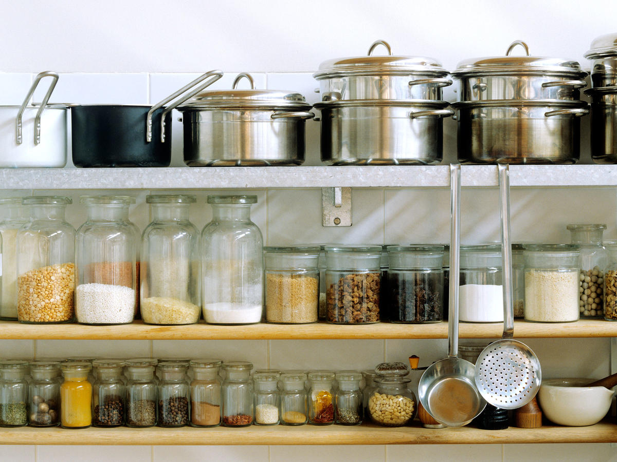 Organized Spice Rack Kitchen