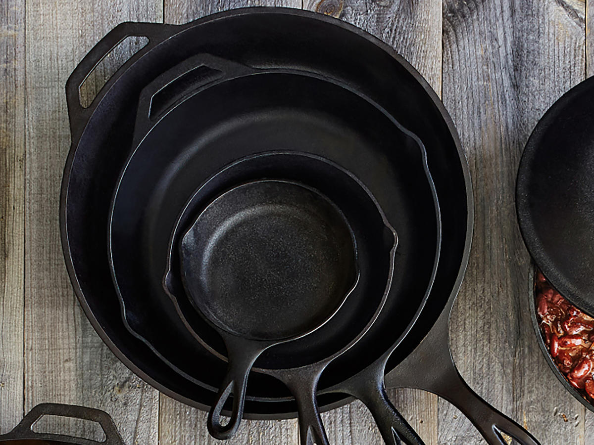 1804w-Lodge-Cast-Iron.jpg