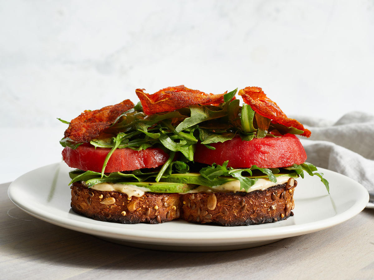 """This Plant-Based Fried Tomato Skin """"BLT"""" Is So Tasty"""