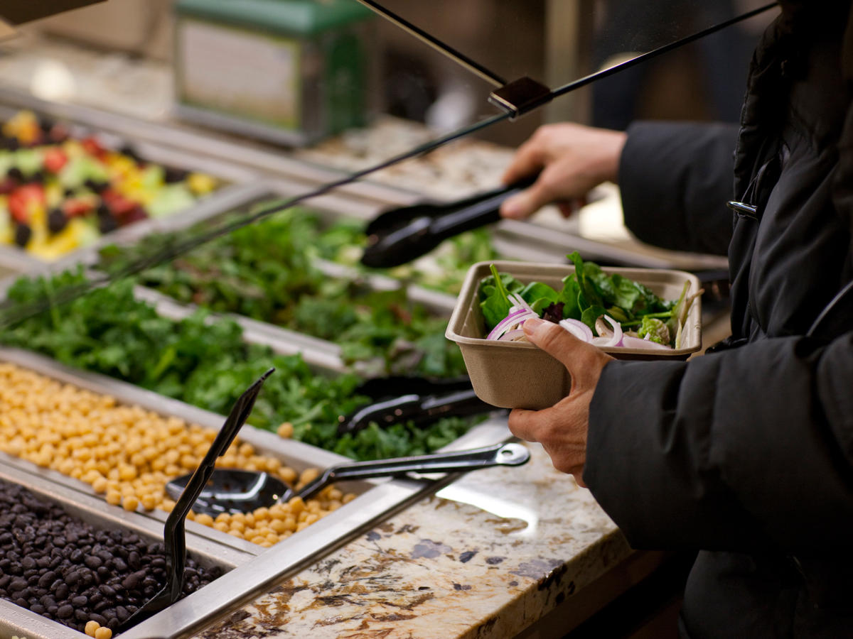 10 Salad Bar Healthy Hacks at Whole Foods That Won't Break the Bank