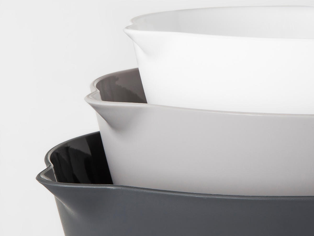 1806w Made By Design mixing bowls