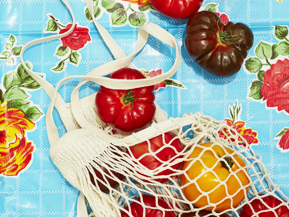 1807 - Tomatoes in Net Bag