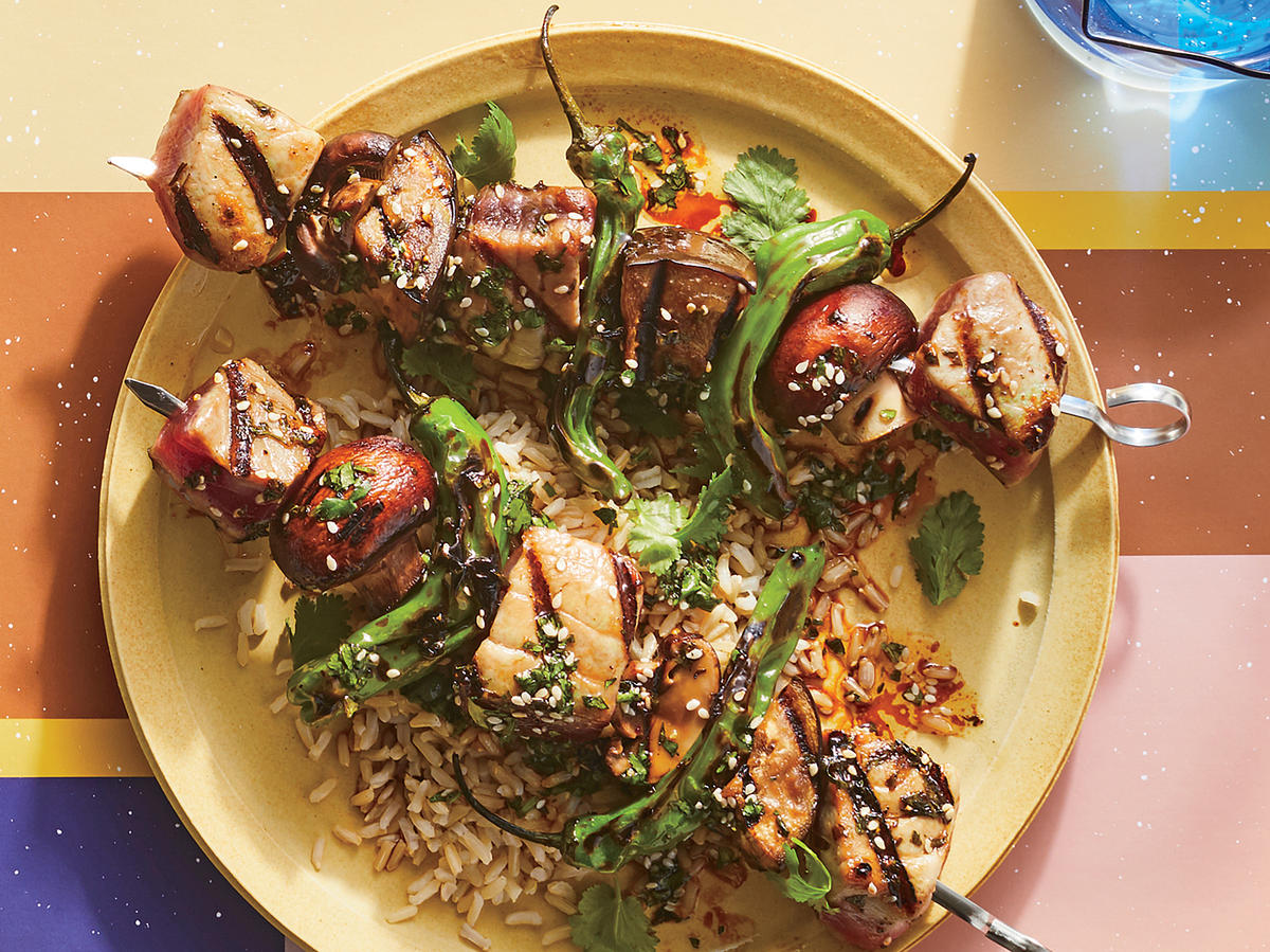 These Soy-Marinated Tuna Kebabs Are 363 Calories
