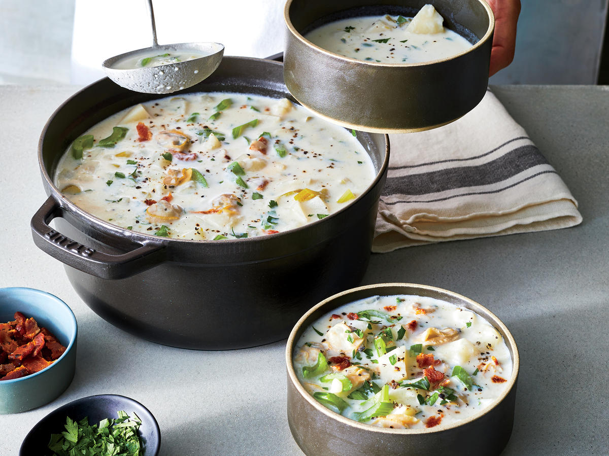 We GaveClassic Clam Chowder a Makeover—And Our Version Has Under 300 Calories