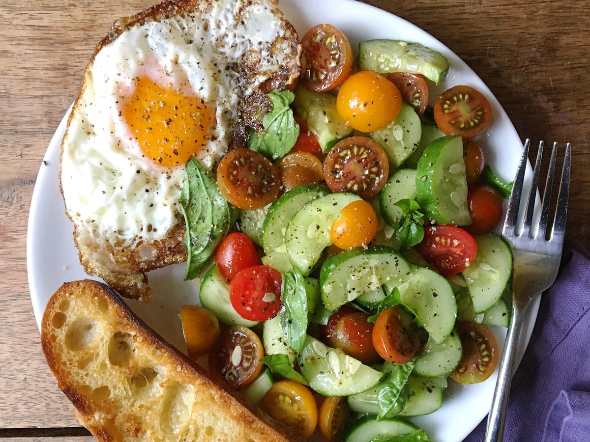 Summer Veggie Breakfast Plate With Frizzled Egg