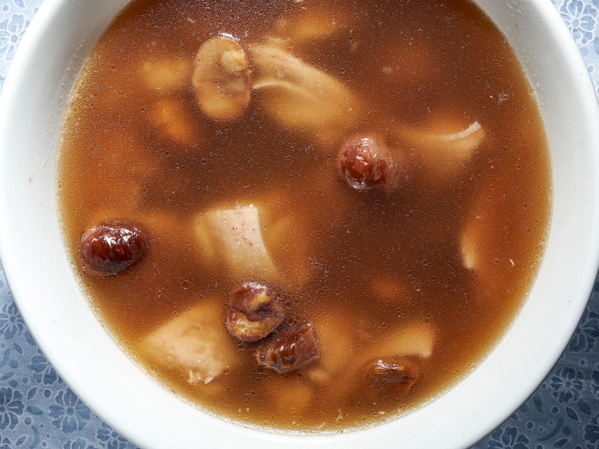 Chicken Chestnut Soup