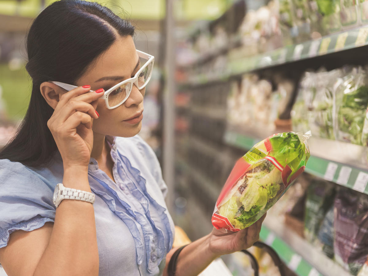 "Could an FDA-Backed Universal ""Healthy"" Label Make Grocery Shopping Easier?"