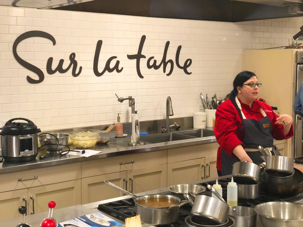 5 Ways to Avoid Common Thanksgiving Pitfalls, According to the Experts at Sur La Table