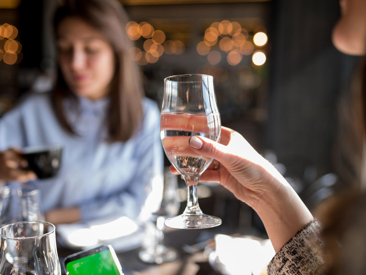 How to Stop Drinking Alcohol Without Feeling Like a Pariah