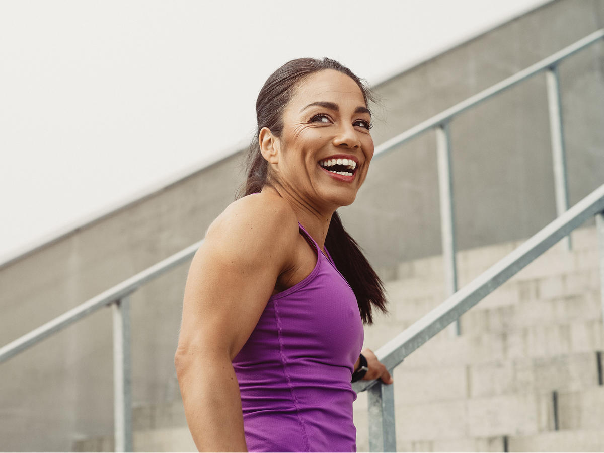 1812w Woman Working Out Smile