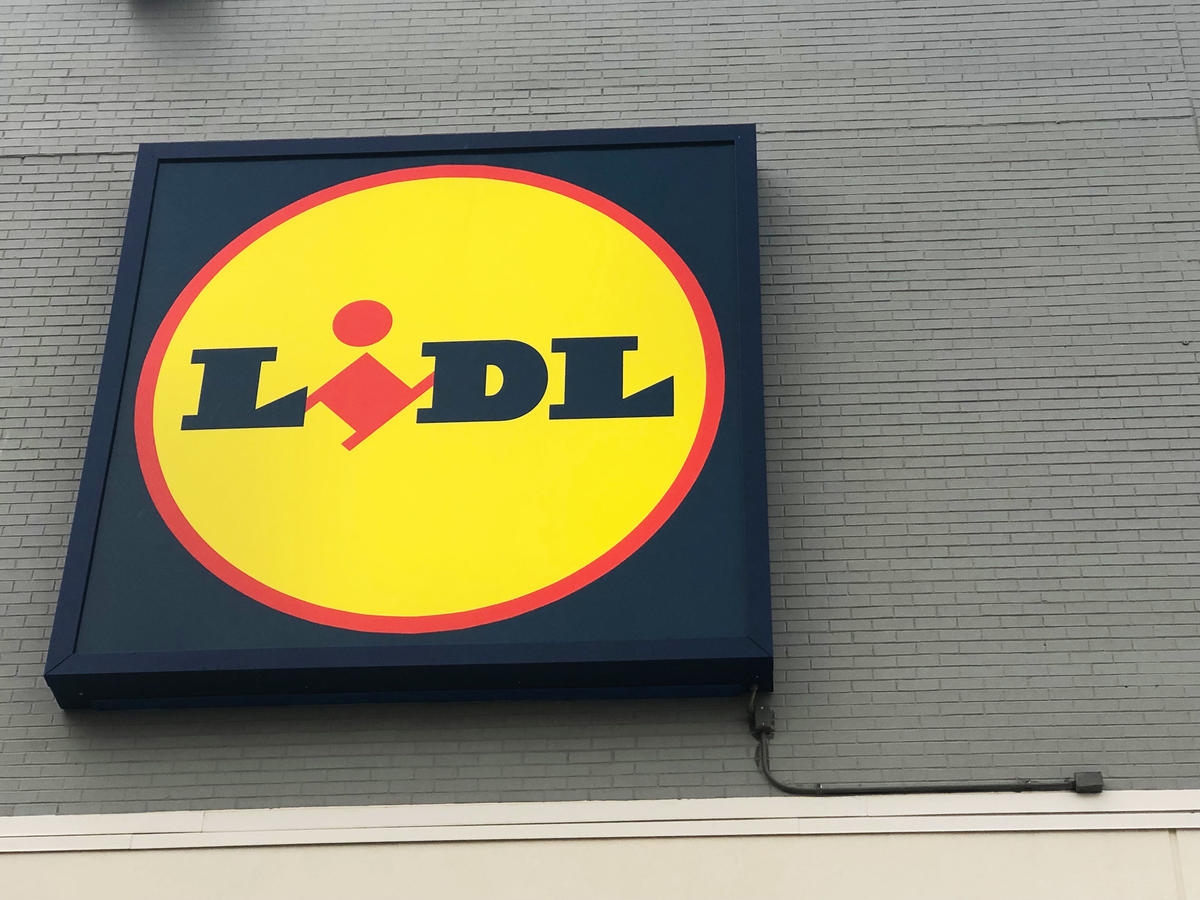1901w Lidl Store