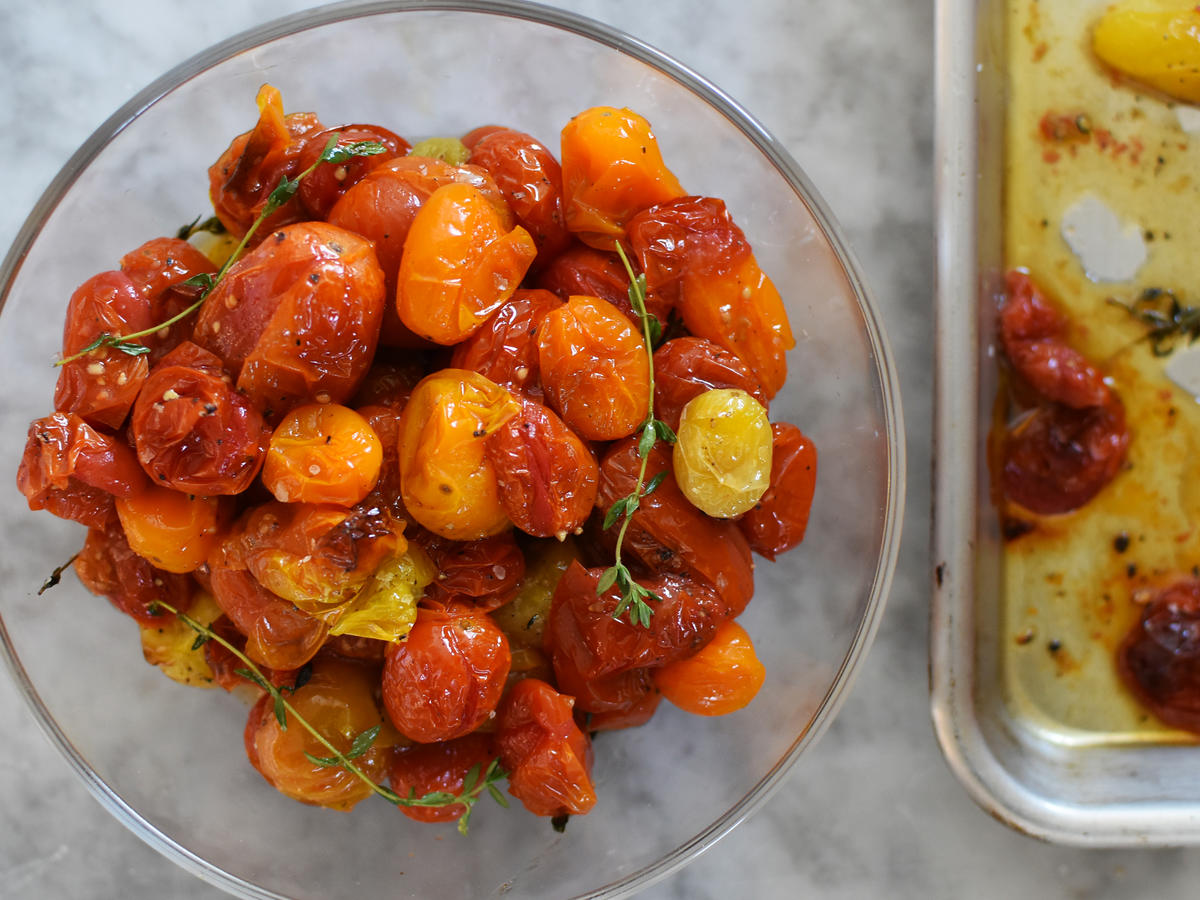 Roasted Cherry Tomatoes in Bowl