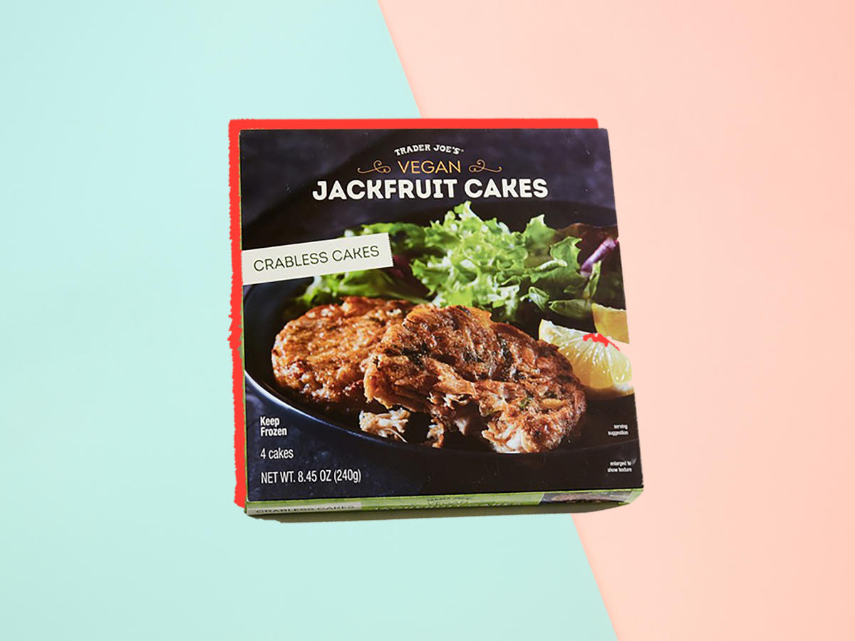 We Tried Trader Joe's New Crabless  Crab  Cakes—Here's What We Thought