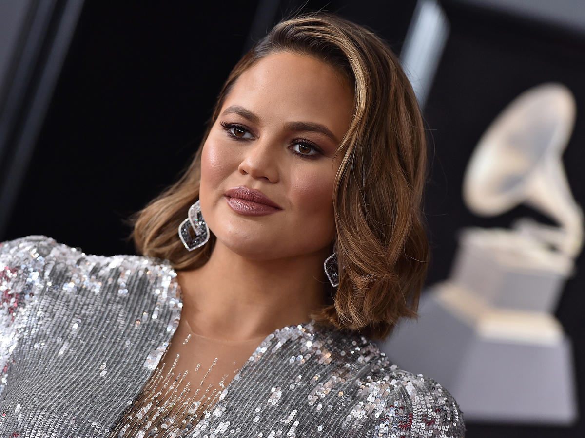 Chrissy Teigen Slams Supplement Company Keto Fit Premium for Fake Ads Using Her Photos