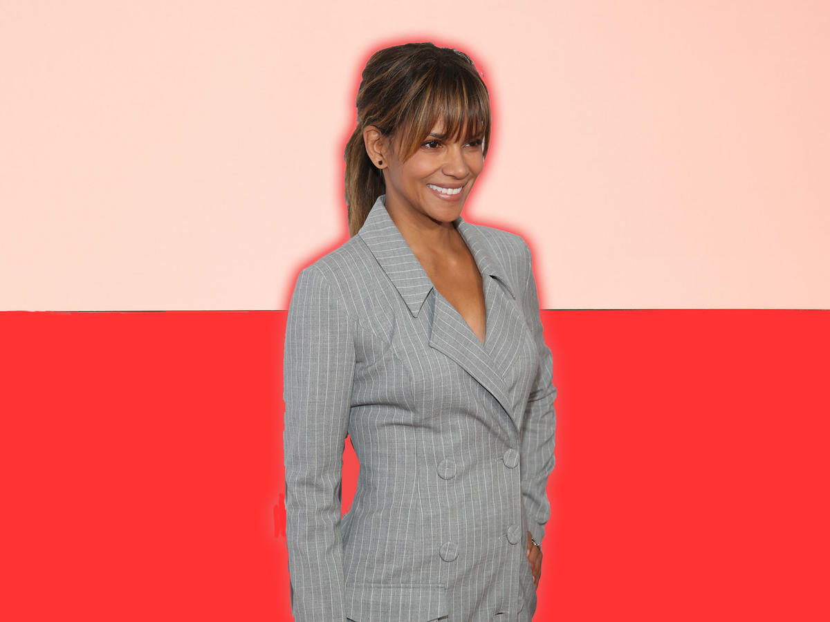 Halle Berry Uses Intermittent Fasting to Treat Her Diabetes—But Is That Healthy?