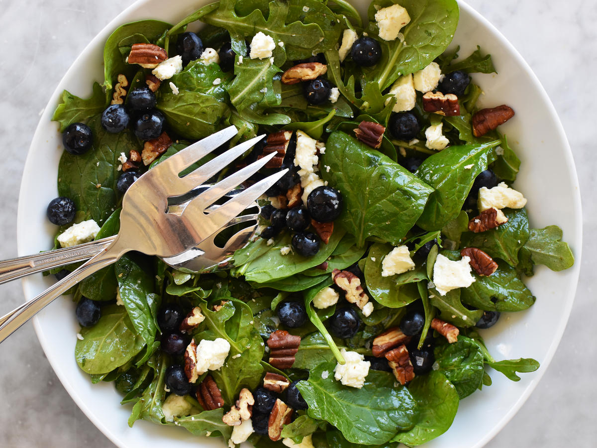 Summer Blueberry Salad With Toasted Pecans and Feta