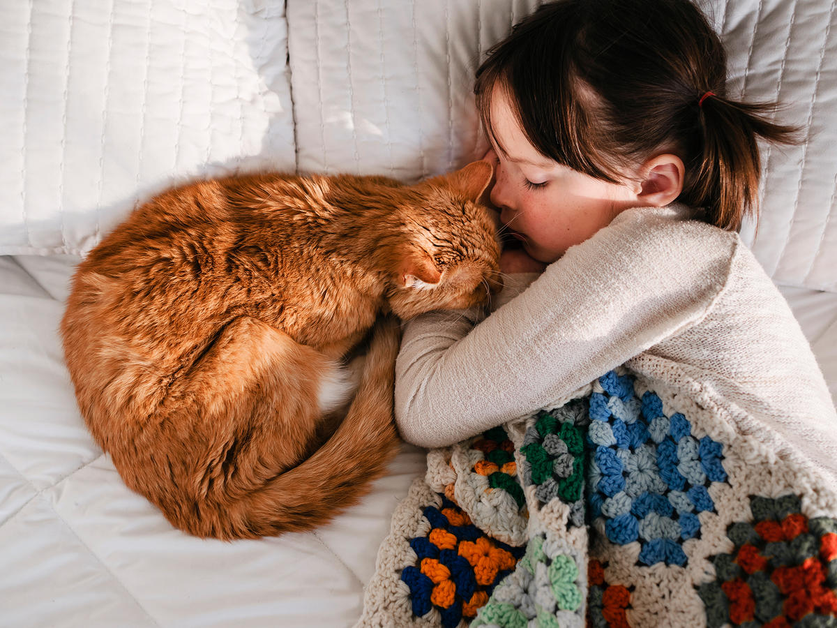 How to Help Your Kids Have a Healthy Relationship With Pets