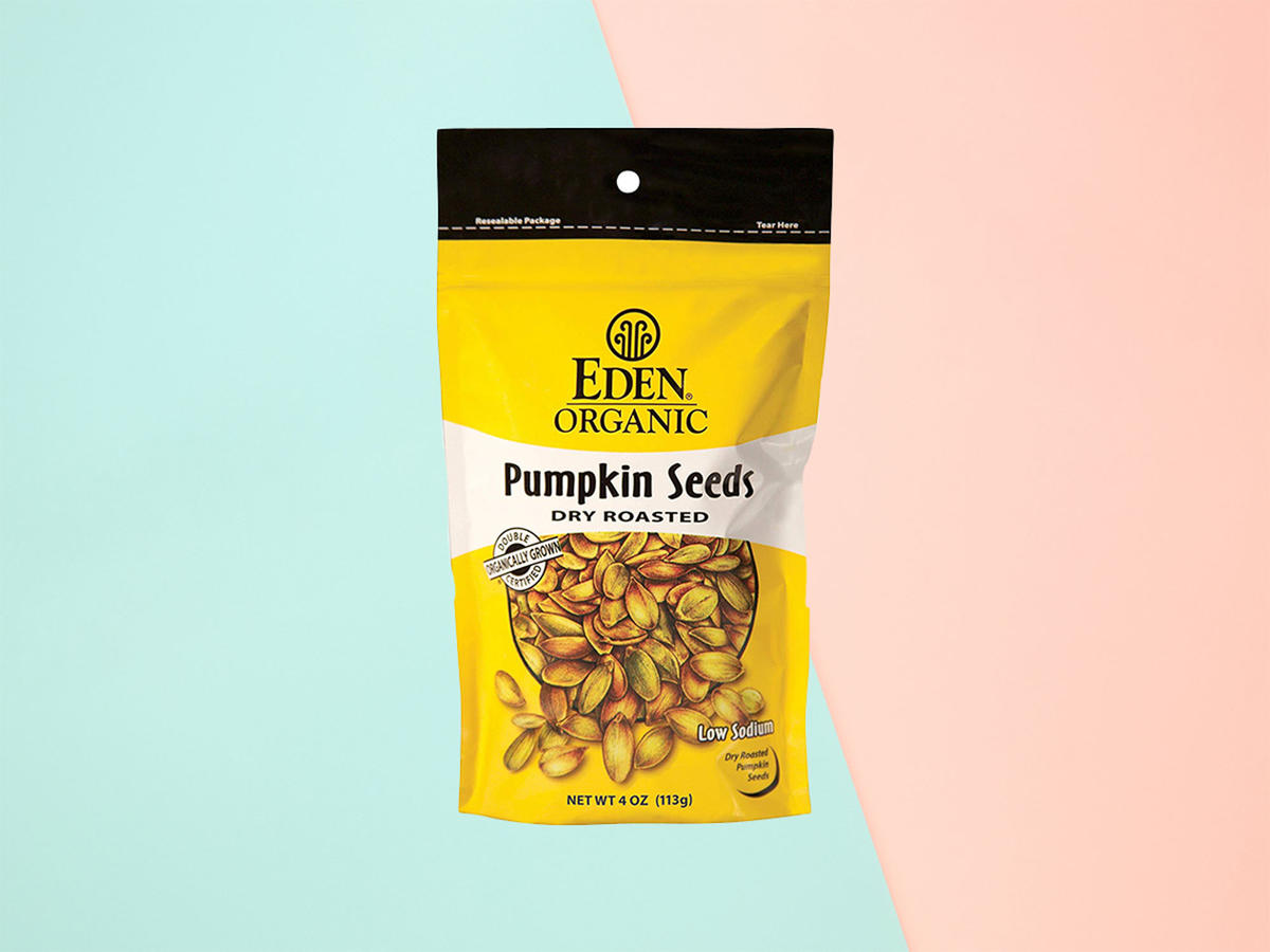 1904w-High-Fiber-Foods-Pumpkin-Seeds.jpg