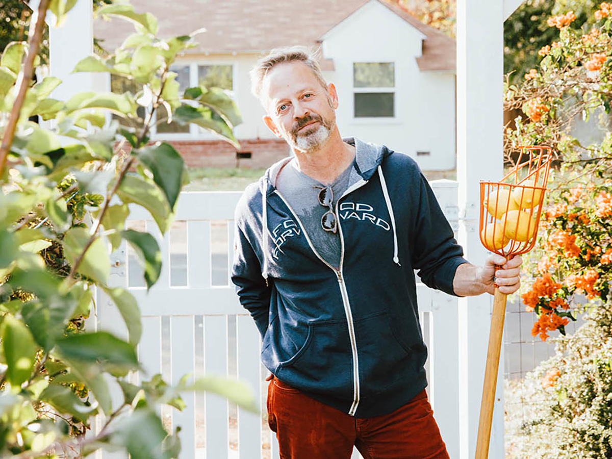 An LA-Based Nonprofit Rescued Over 22 Million Pounds of Produce In One Year to Help Feed the Hungry