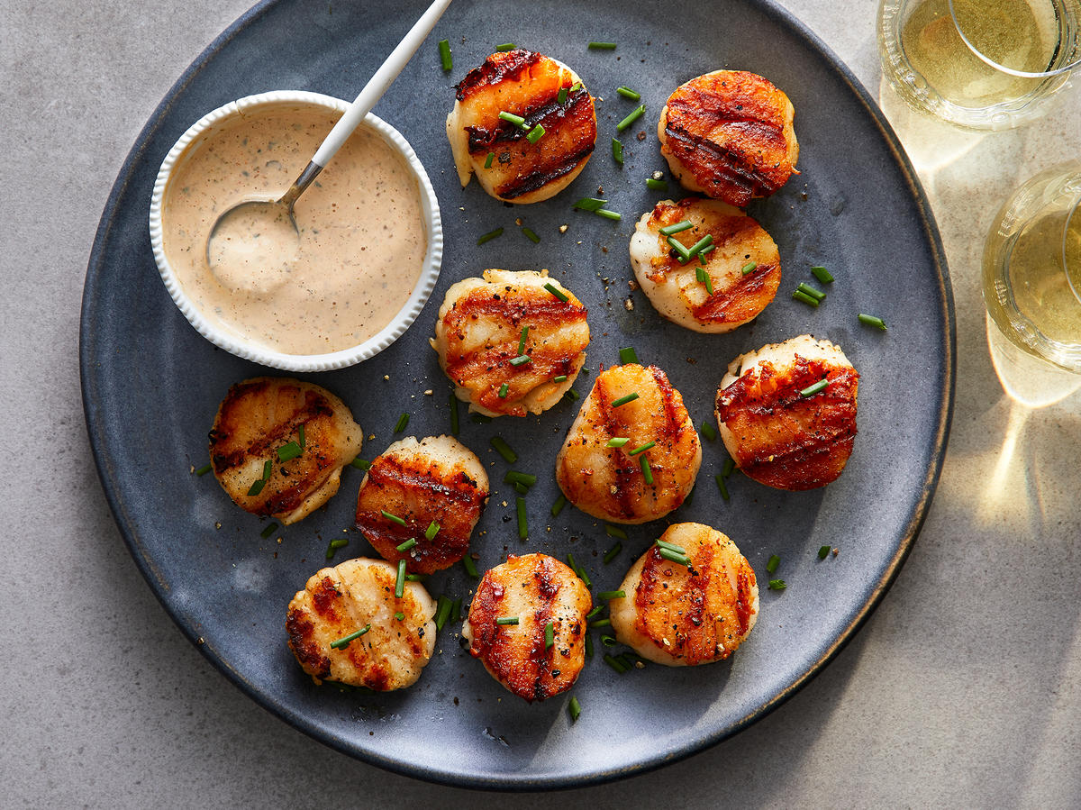 Grilled Scallops With Remoulade Sauce