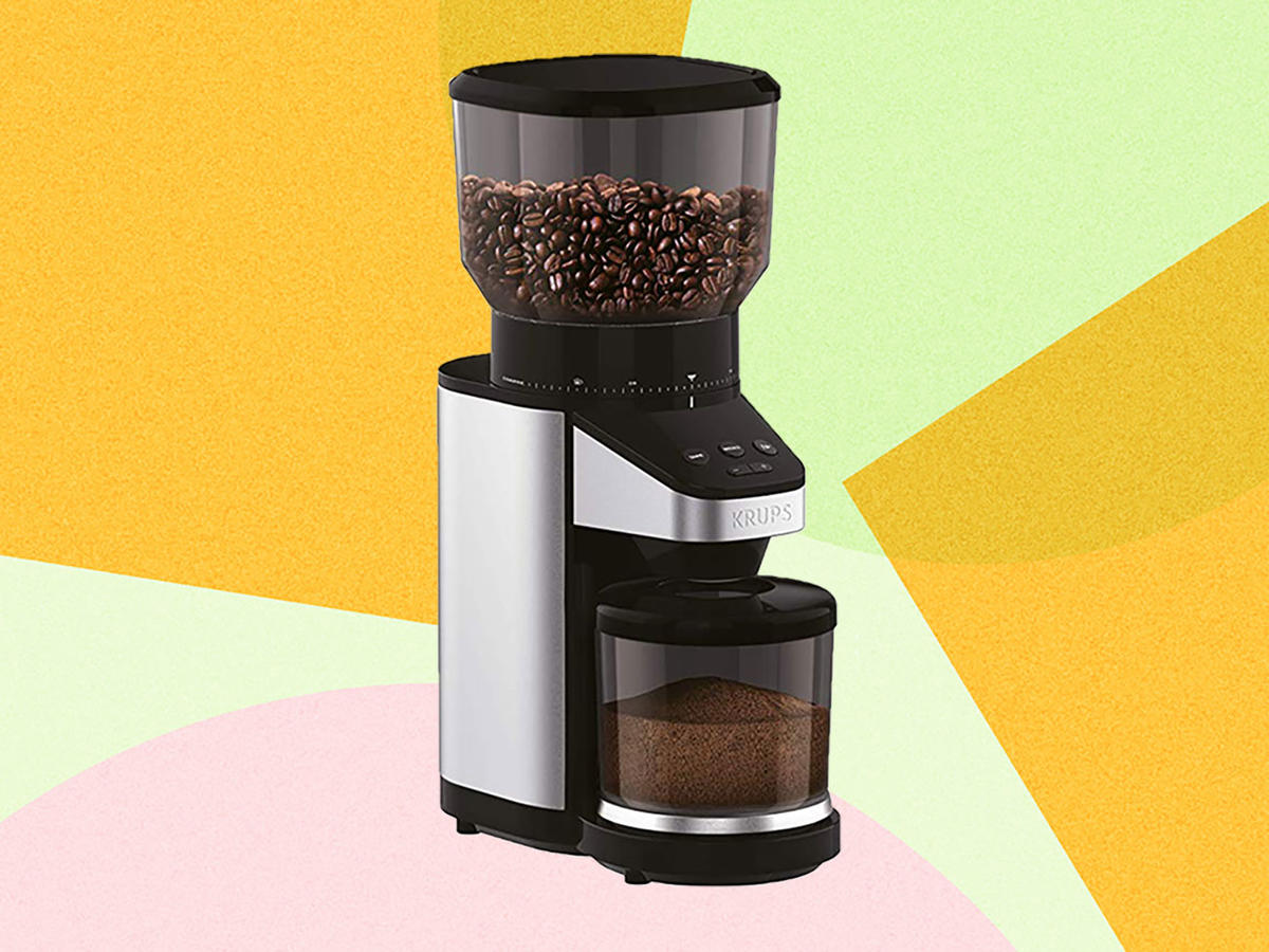 This Best-Selling Coffee Grinder Has 8,000 Five-Star Reviews on Amazon—and It's on Sale