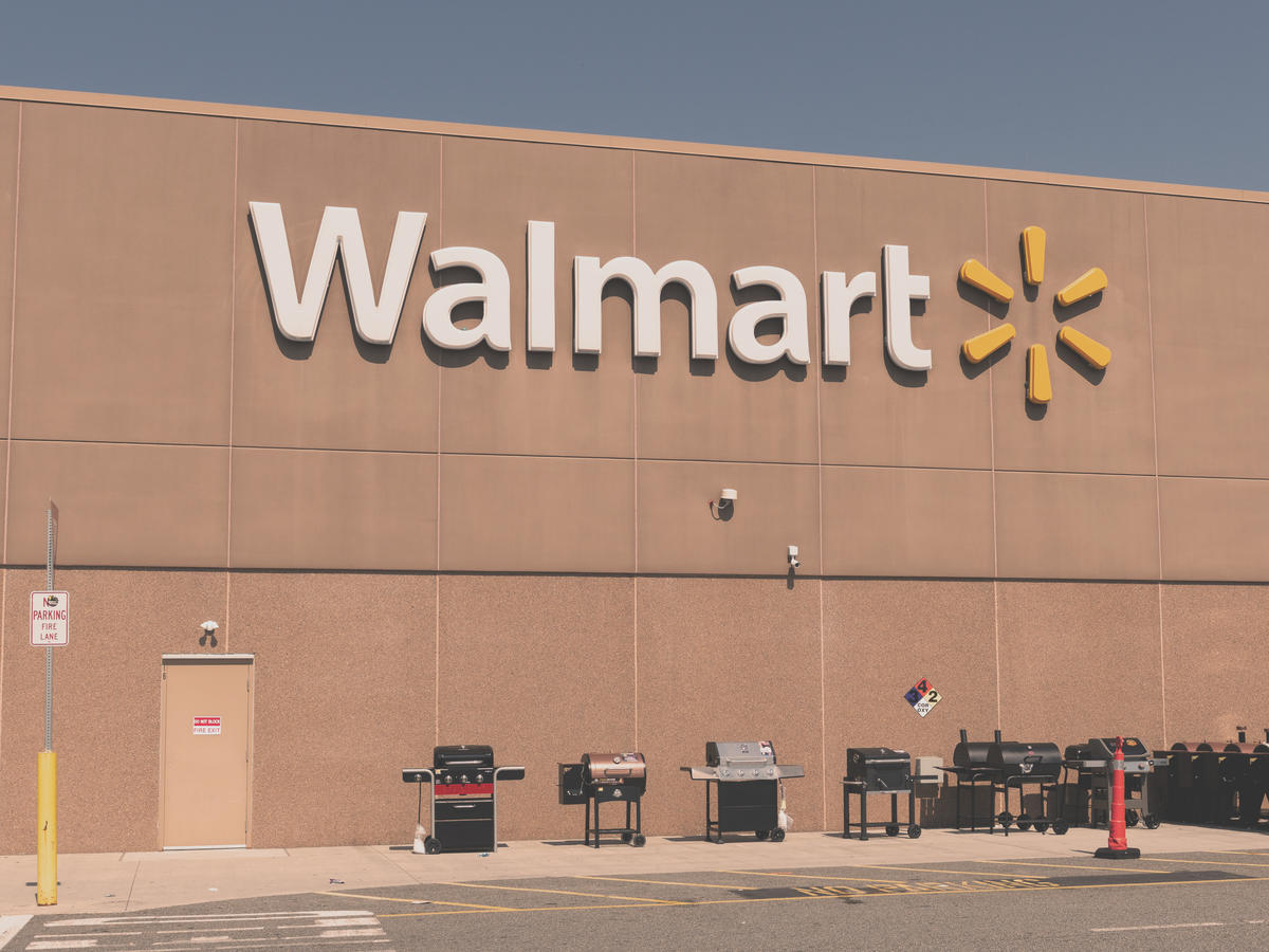The Best 8 Packaged Vegan Foods From Walmart Under $5