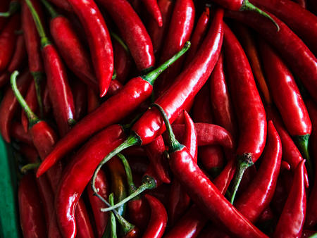chili-peppers-best-foods-for-flat-abs