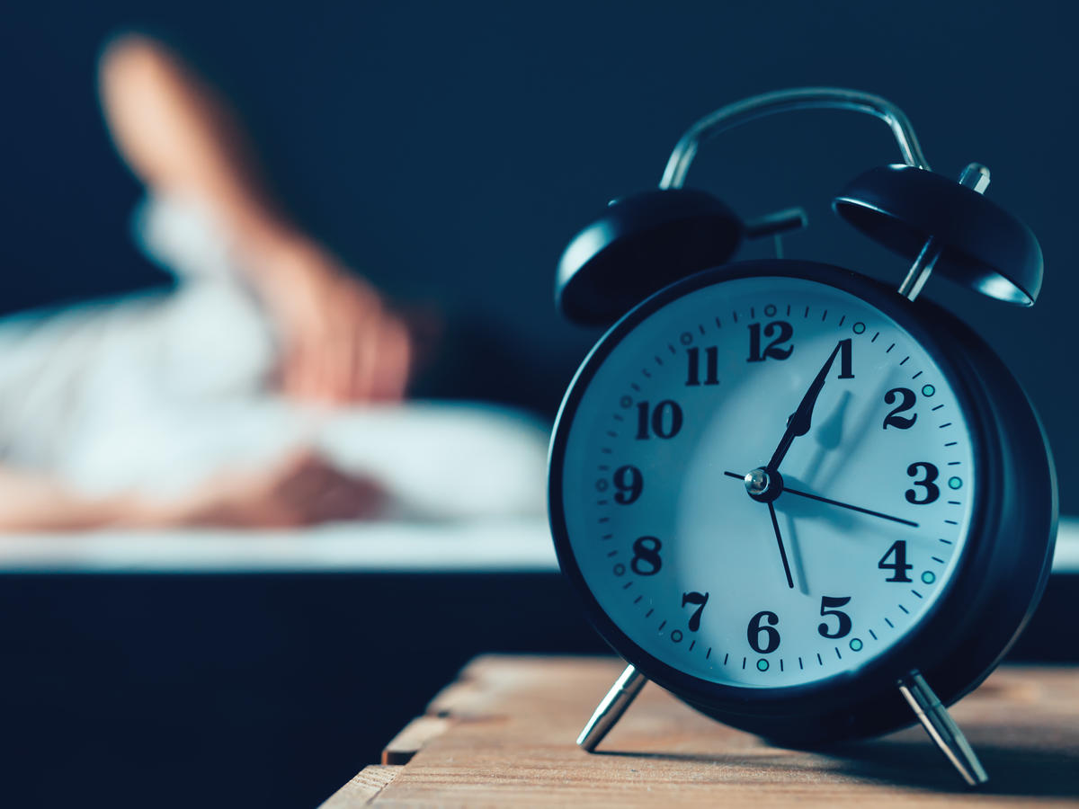 6 Healthy Habits That Work Better If You Do Them At Night