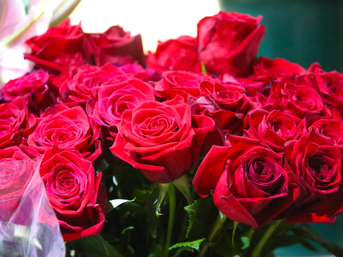 Amazon Is Offering Free 2-Hour Flower Delivery on Valentine's Day
