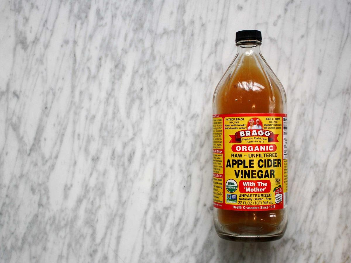 Experts Are Urging People Not to Drink Straight Apple Cider Vinegar