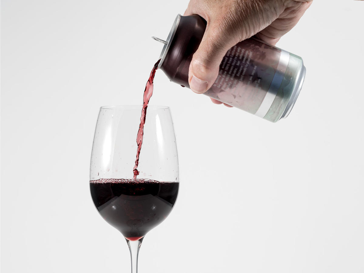 Can People Taste the Difference Between Canned and Bottled Wine?