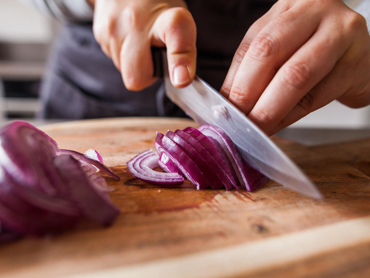 So THIS Is Why Chopping Onions Makes You Cry