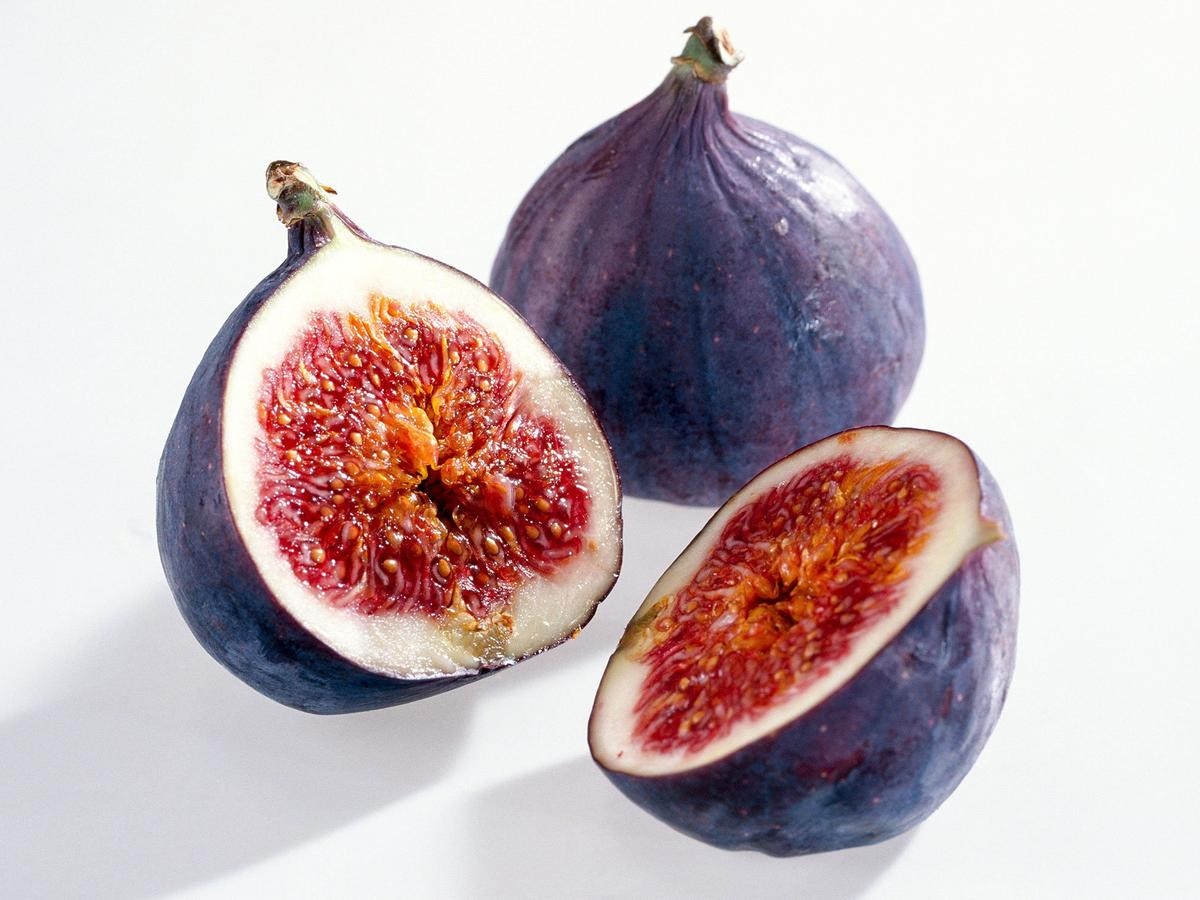 Are There Health Differences Between Dried and Fresh Figs?