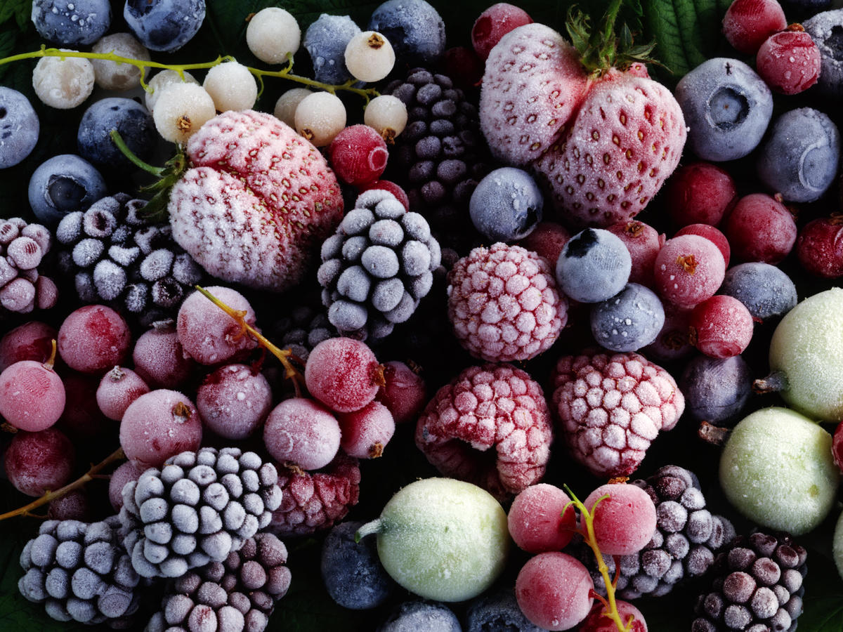 best-worst-food-groups-frozen-berries