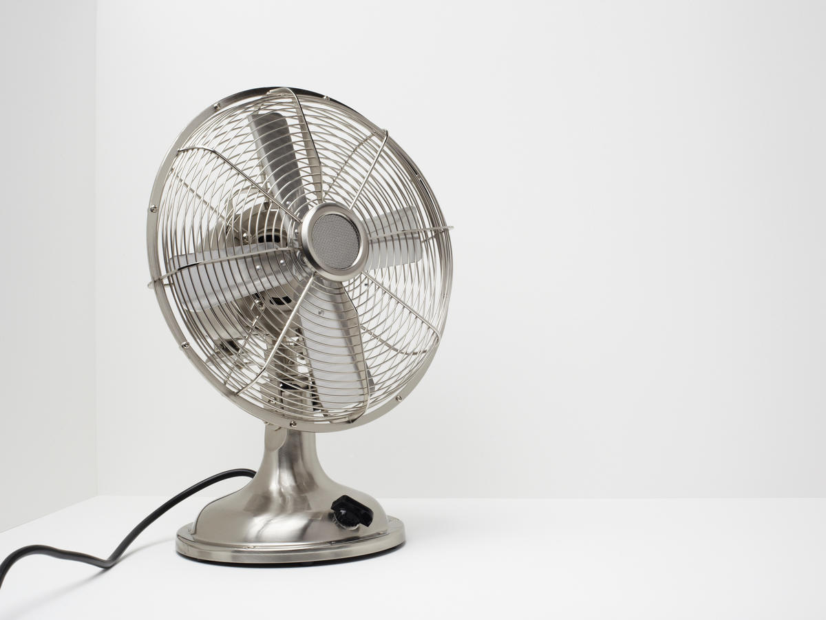 stay cool summer sleep fan air conditioner heat humidity