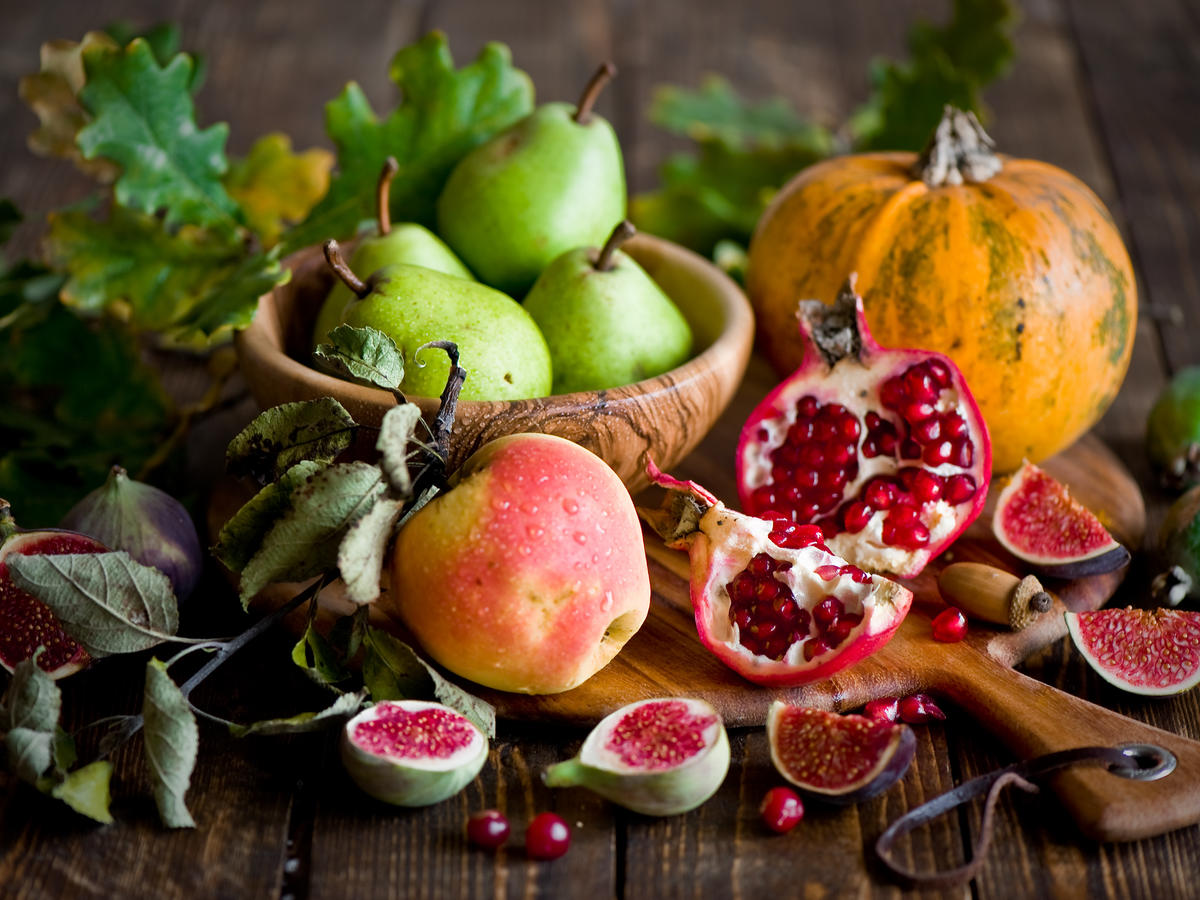 6 Fall Superfoods You Should Be Eating, According to Our Nutritionist