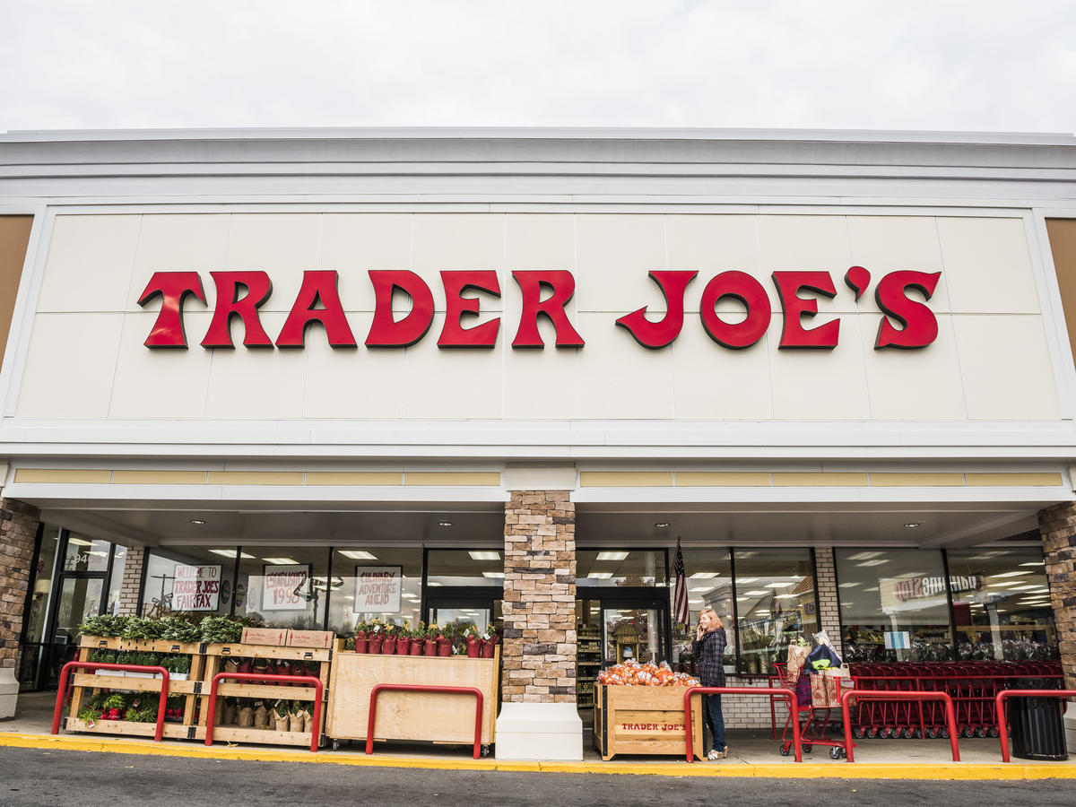 Trader Joe's $4 Vegan Banana Bread Loaf Is Perfect for Fall
