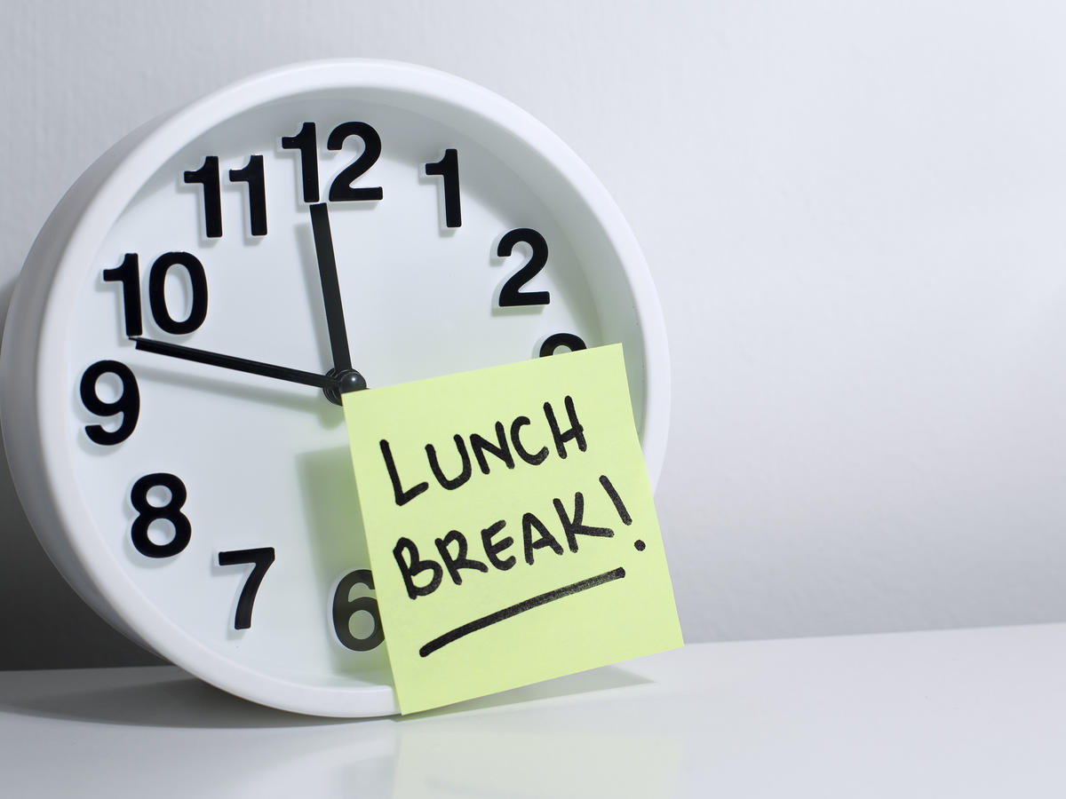 Clock with Lunch Break Note