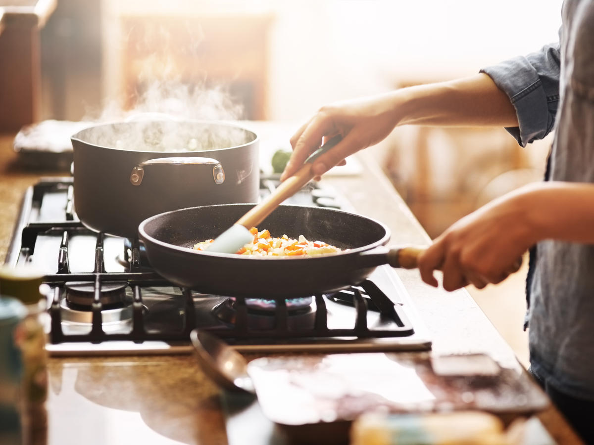9 Simple Kitchen Habits That Will Make Your Cooking Better
