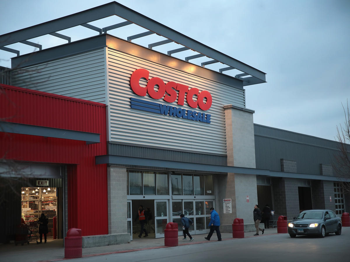 6 Things Nutritionists Always Buy at Costco