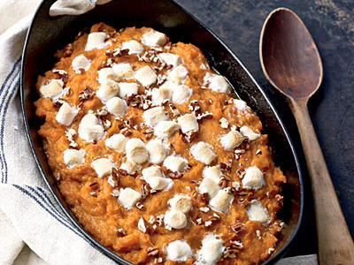0911p146-maple-pecan-sweet-potatoes-l.jpg
