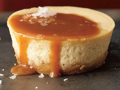 1212p91-salted-caramel-cheesecakes-l.jpg
