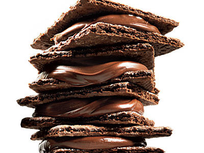 1301p107-chocolate-hazelnut-sandwich-l.jpg